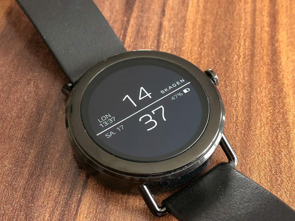 skagen falster erste skagen smartwatch mit wear os im test. Black Bedroom Furniture Sets. Home Design Ideas