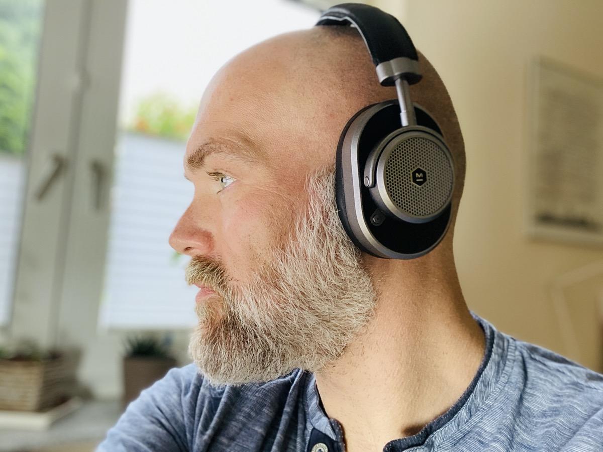 Master & Dynamic MW65 ANC Wireless Over Ear Kopfhörer angehört
