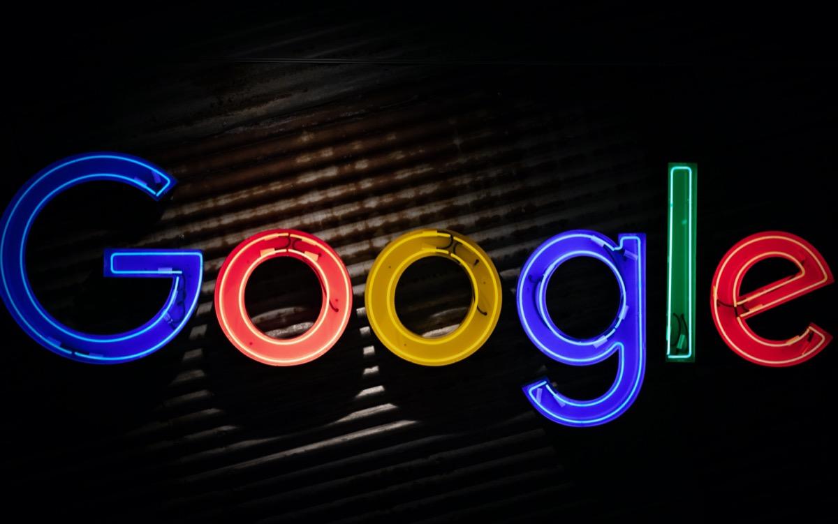 Google testet Dark Mode für die Suchergebnisse - Caschys Blog