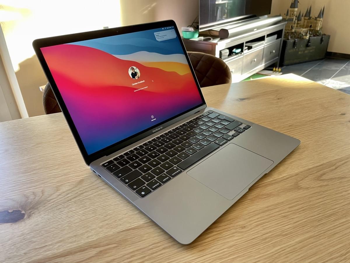 Macbook Air Chip