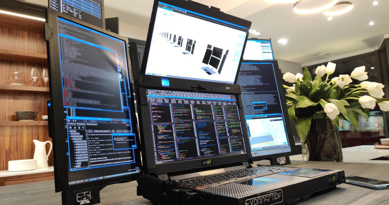 Notebook mit sieben Bildschirmen und einer Stunde Akkulaufzeit vorgestellt - Caschys Blog